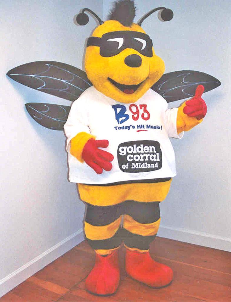 B.93 Bee