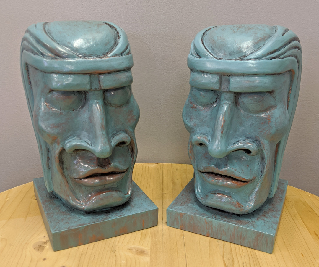Tiki Statues